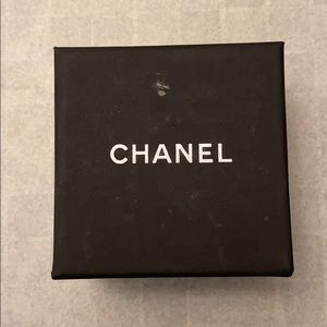 CHANEL cc classic gold earring
